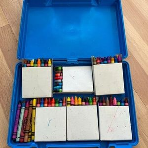 RoseArt 105 Crayons Case